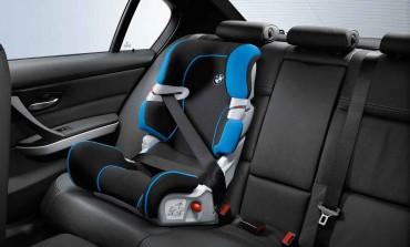 Come trasportare bambini in auto
