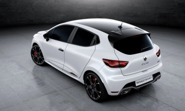 Renault Clio Trophy 220, caratteristiche 2015