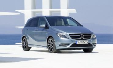 Come cambiare pastiglie freni Mercedes classe B