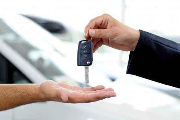 Passaggio di propriet come calcolare il costo per auto for Costo per aggiungere 2 box auto